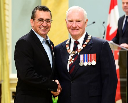 photo   laprise   johnston   ordre du canada   order of canada