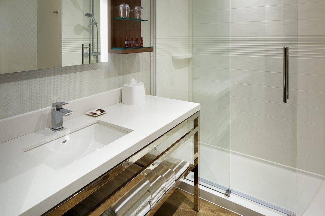 Pma design la forme suit la fonction for Revue salle de bain