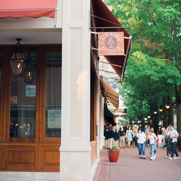 roger charlottesville facade mall