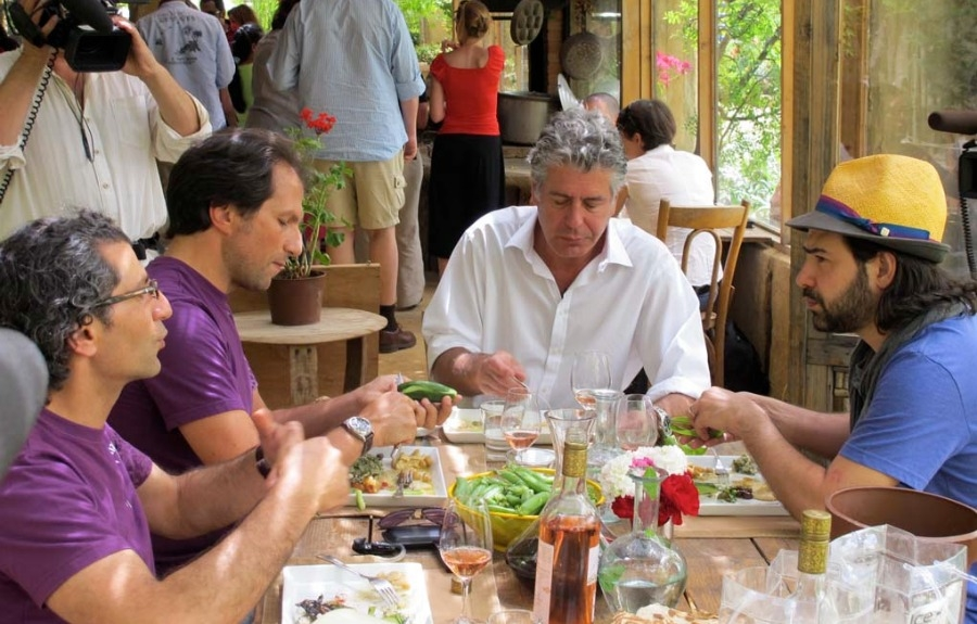 Rencontre d'Anthony Bourdain avec Sami and Ramzi Ghosn, du Vignoble Massaya
